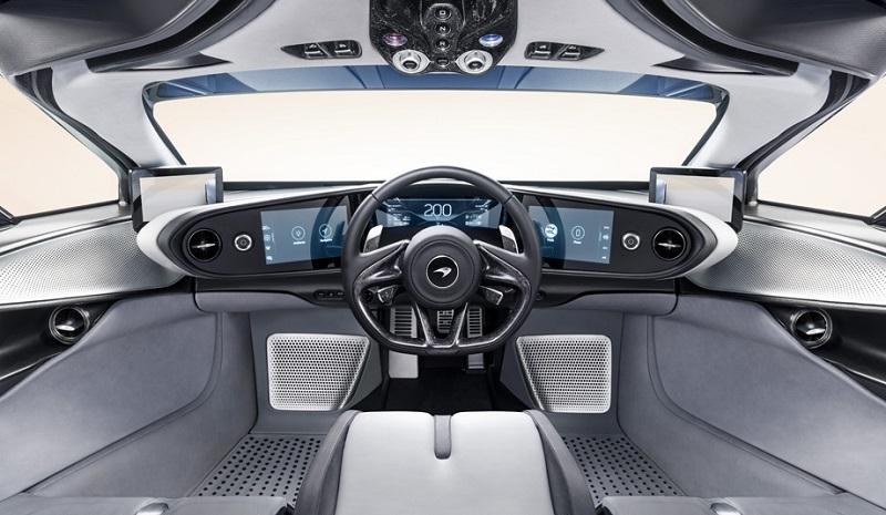 Новый McLaren Speedtail в ходе испытаний достиг 403 километров в час