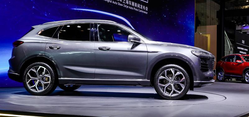 Zotye выведет на рынок России два новых кросса: компактный ТS5 и среднеразмерный В21