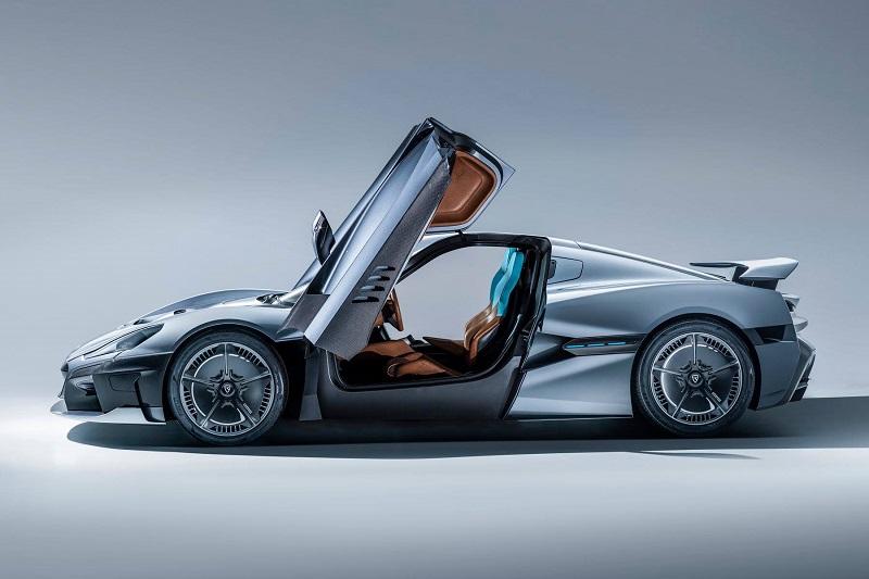 Porsche Electric Hypercar: в компании рассказали, каким будет и когда ждать новый электрический спорткар