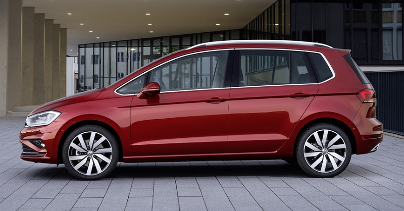 Универсал Volkswagen Golf Sportswan
